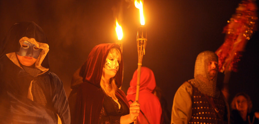 Halloween fakkeltocht in Ierland