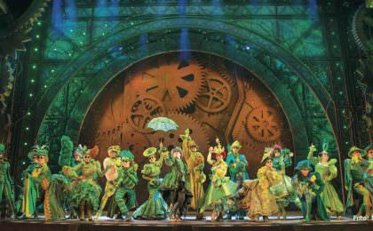 Wicked musical in Londen West-End. Photo credit Matt Crockett