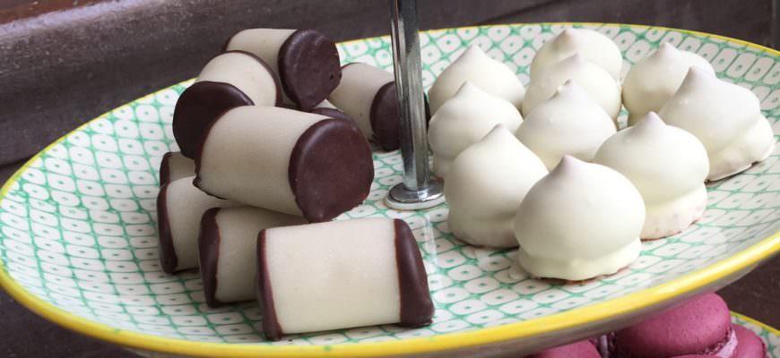 Luxe gebakjes voor bij Zweedse gluhwein blossas glogg