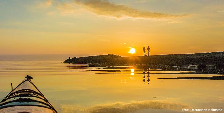 Kanoen en vissen bij zonsondergang in Halmstad - Foto Destination Halmstad